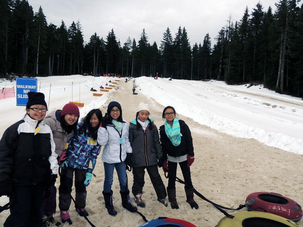 snowtubing 3