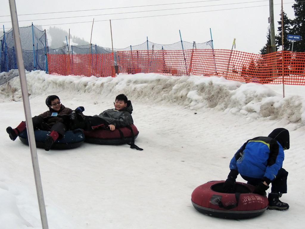 snowtubing 6